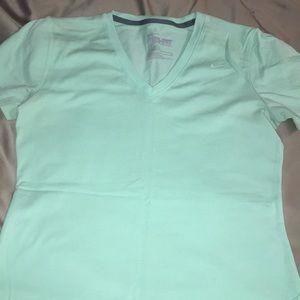 Short sleeve Nike tee shirt